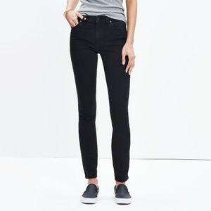 """Madewell 9"""" High riser skinny jean in black!"""